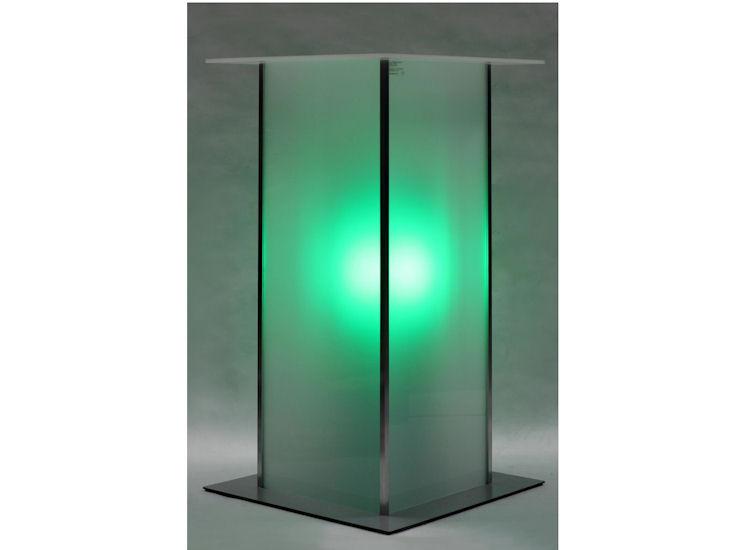 Stehtisch *alpha*, 60 x 60 cm,  Beleuchtung mit Akku, Farbe grün