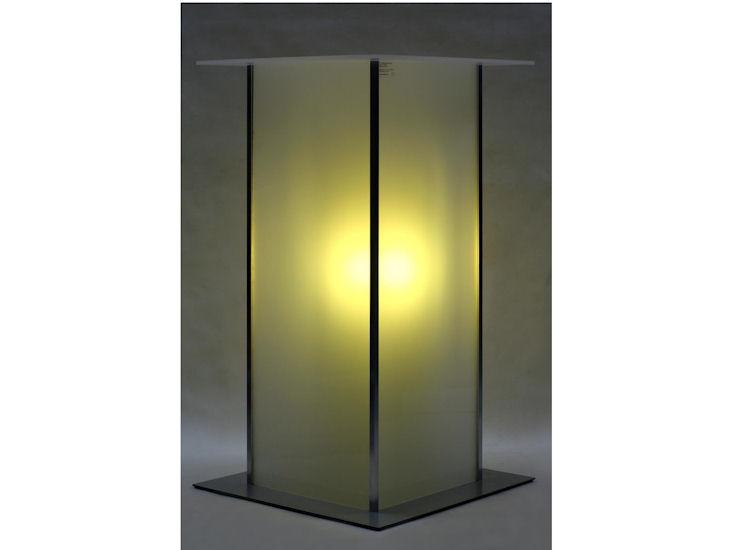 Stehtisch *alpha* 60 x 60 cm,  Beleuchtung mit Akku, Farbe gelb