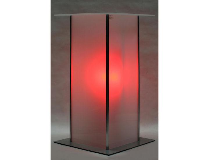 Stehtisch *alpha* 60 x 60 cm,  Beleuchtung mit Akku, Farbe rot
