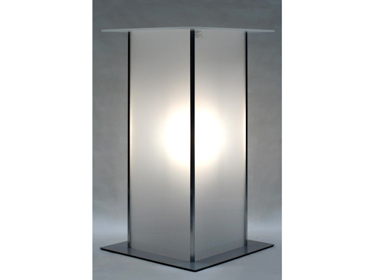 Stehtisch *alpha*, 60 x 60 cm, Beleuchtung  mit Akku