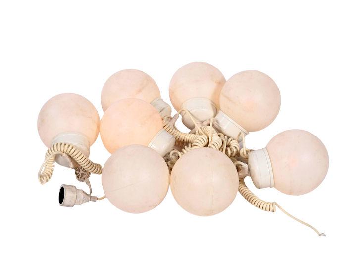 Kugellichterkette, mit weißen Birnen