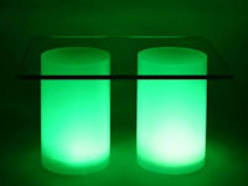 2 x Acrylröhre satiniert mit Beleuchtung D: 15cm, H: 24cm mit Glasplatte 42 x 34cm